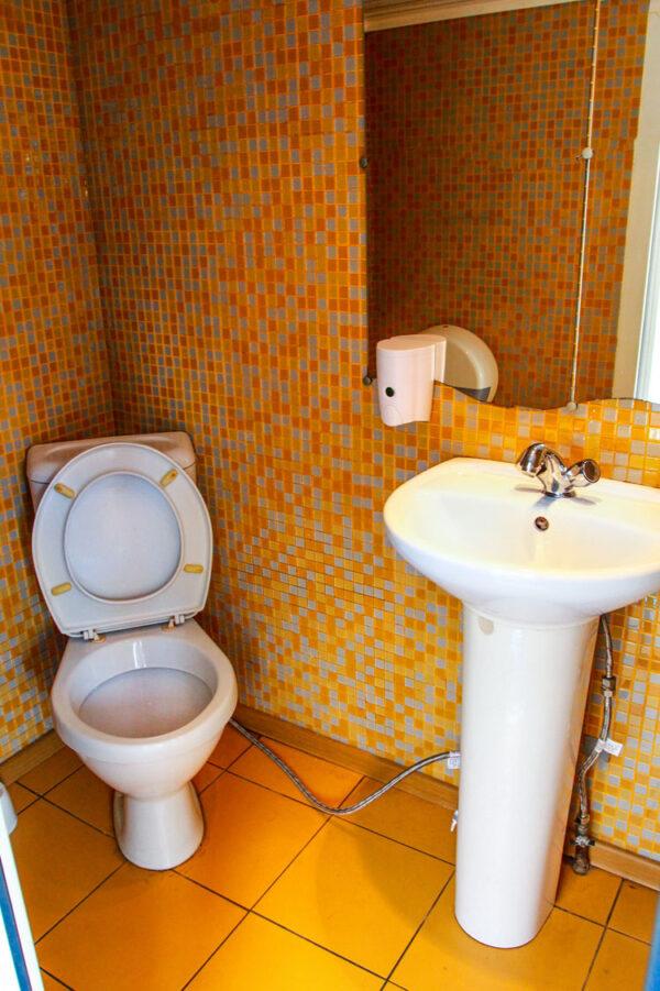 Теплоход Глория туалет