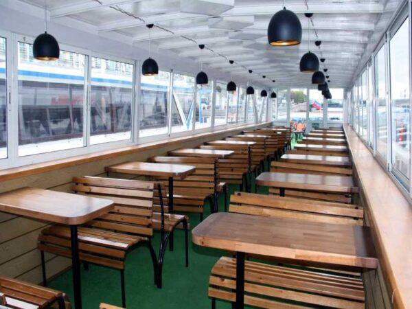 Теплоход Москва 3 салон