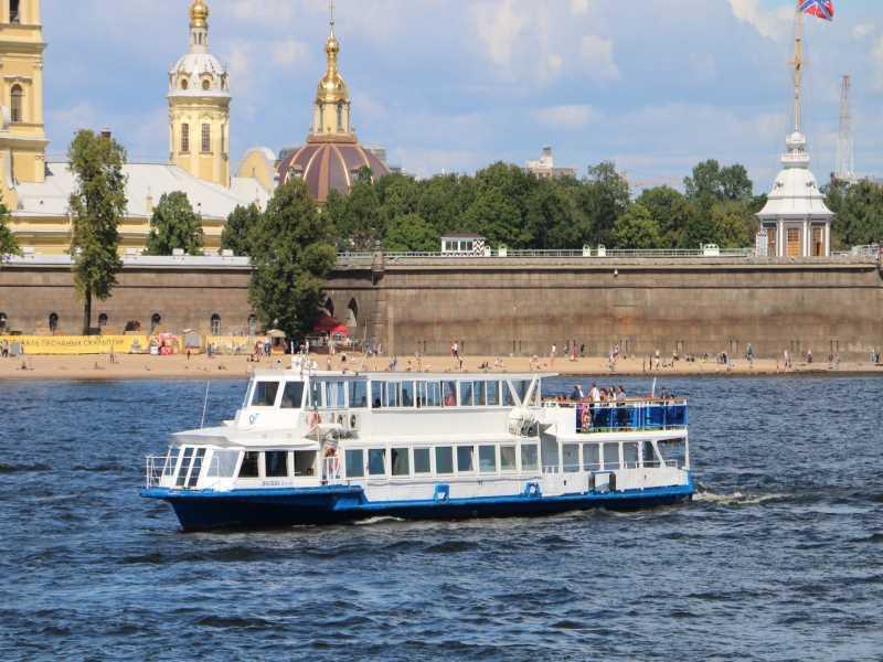 Теплоход Москва 3
