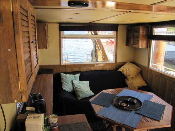 Яхта Nordic Blues салон