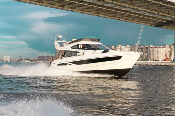 Яхта Galeon 380 Fly внешний вид