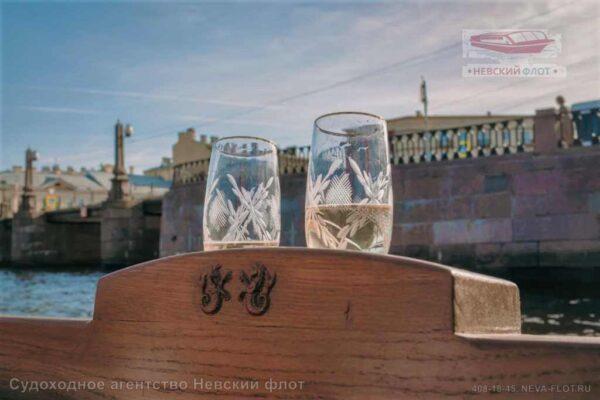 катер Византия детали интерьера